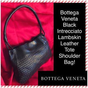 6f307ec06a Bottega Veneta Bags - Bottega Veneta Intrecciato Lambskin Leather Bag!